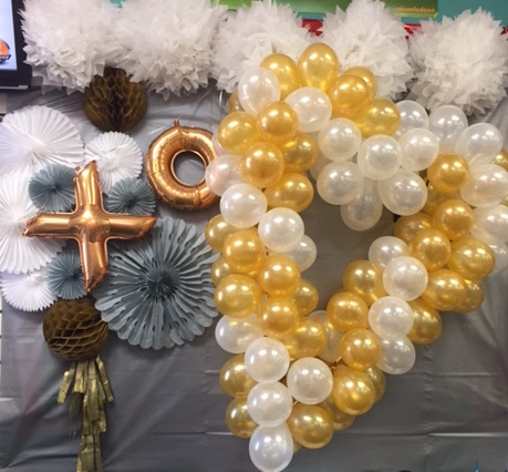 One of our custom balloon backdrop