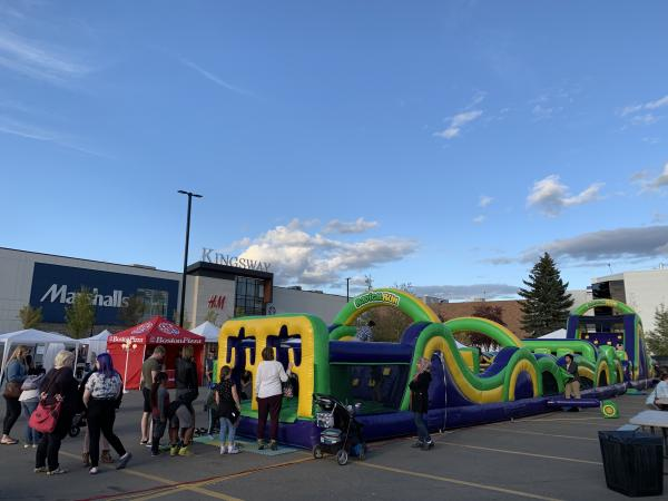 Rent 4 Castles Get 1 Free Edmonton City Jumping Castles _small