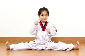 girls rock at Taekwondo
