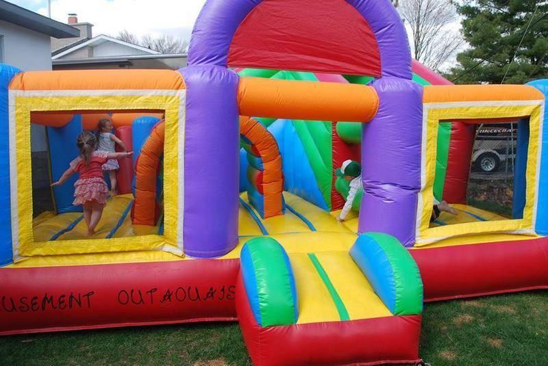 Jeux gonflables Gatineau - nous sommes votre expert pour votre fête